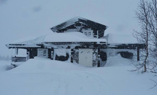 hytte i snøver